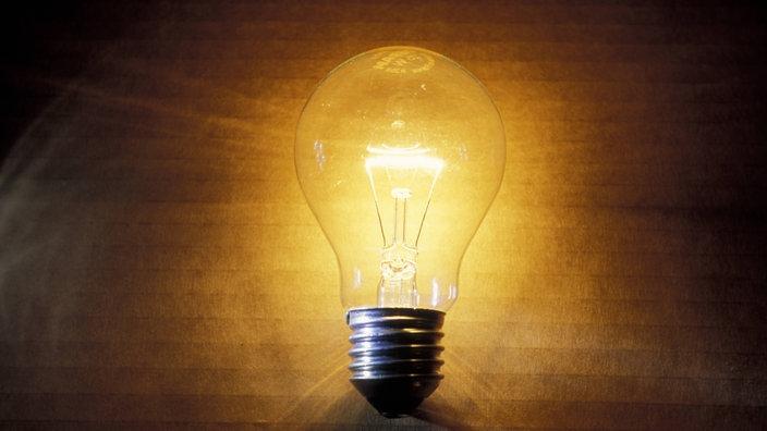 Gemeinde erhält elektrisches Licht